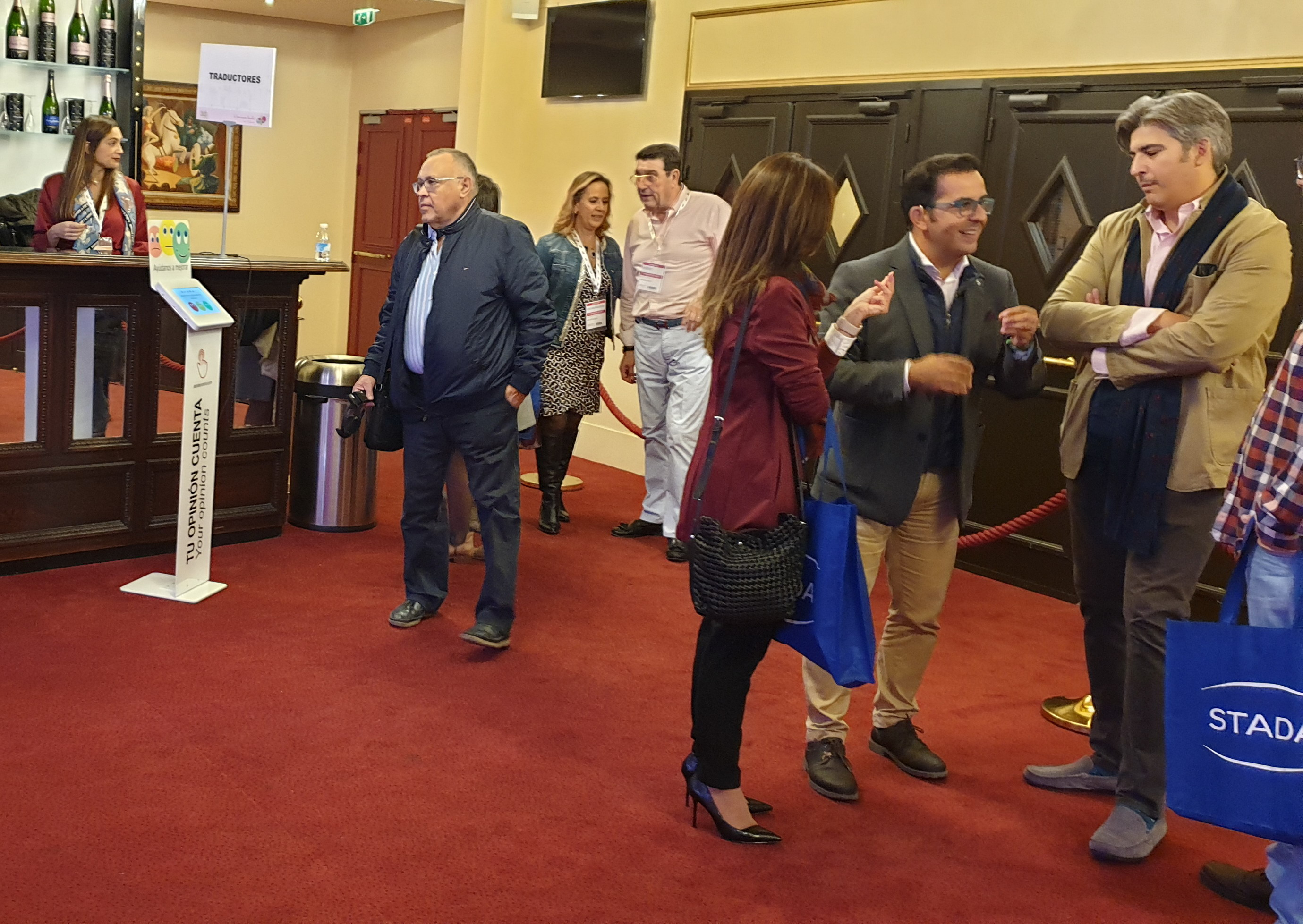 Encuestas de satisfacción Astutecontrol con Bidafarma en París